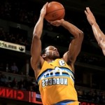 Iggy's Clutch Three Helps Nuggets Win Thriller in Chicago 119-118