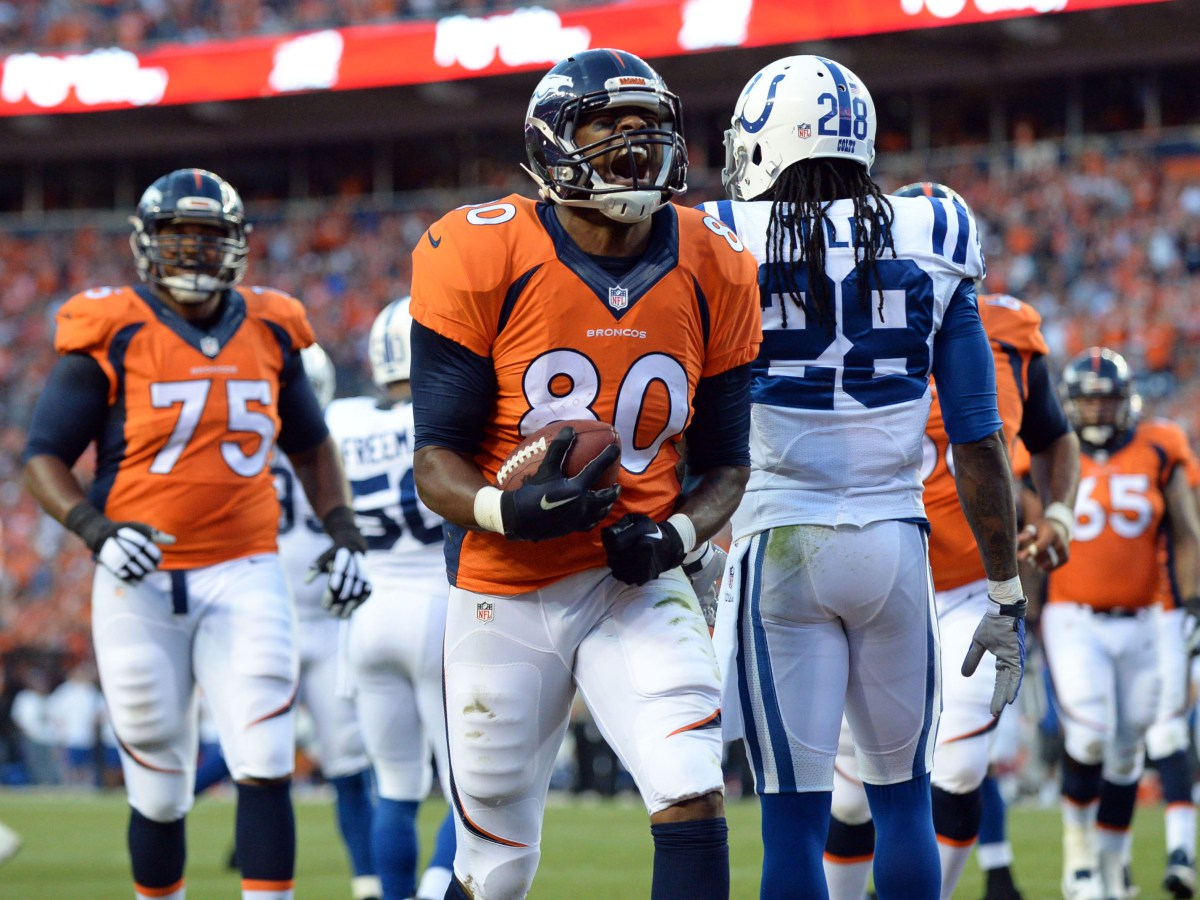 USP NFL: INDIANAPOLIS COLTS AT DENVER BRONCOS S FBN USA CO